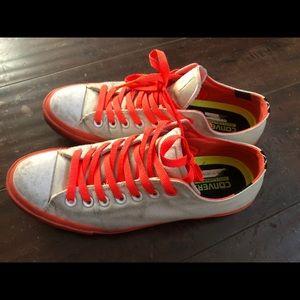Converse unisex low top shoes